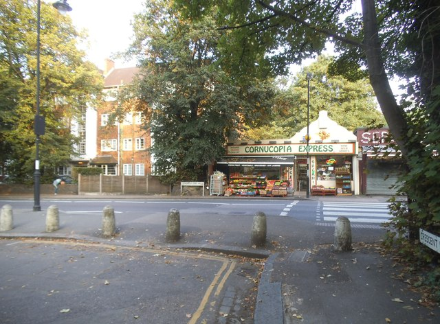 Crescent Road looking towards Crouch End Hill