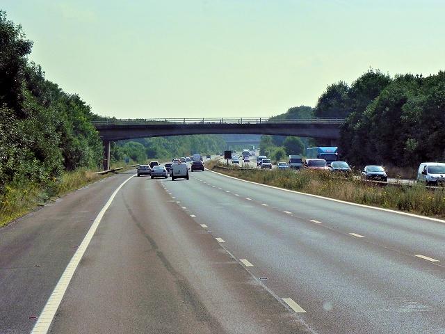 Eastbound M3, Bridge at Andwell Lane