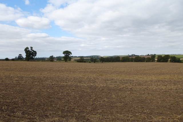 Farmland between Crookham and Ford