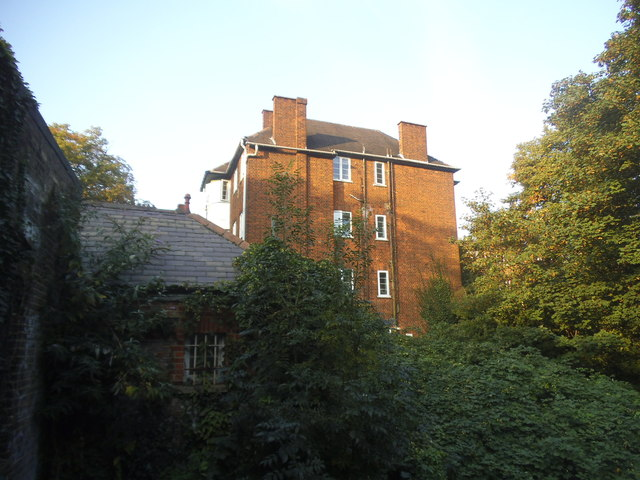 Block of flats on Crouch End Hill