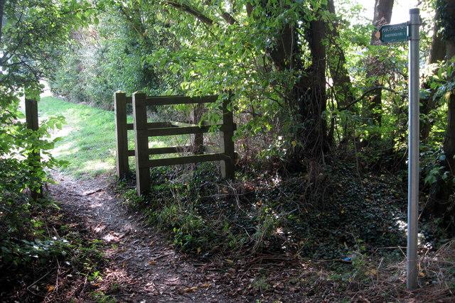 Public footpath to Shefford