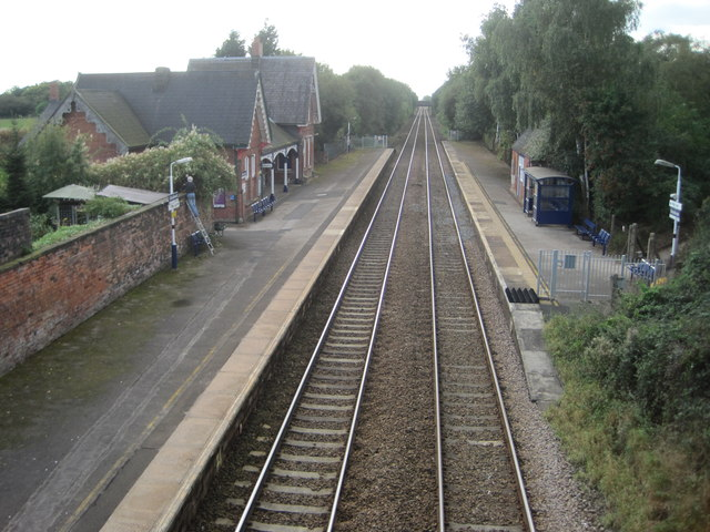Glazebrook railway station, Warrington