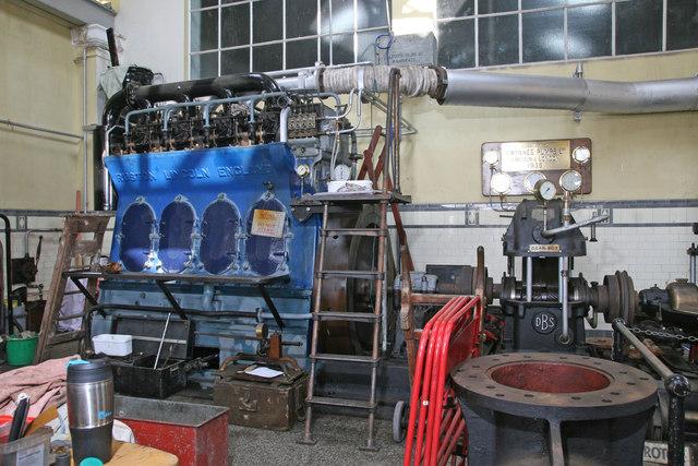 Twyford Waterworks - diesel engine
