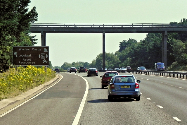 Bridge over the M3 at Camberley