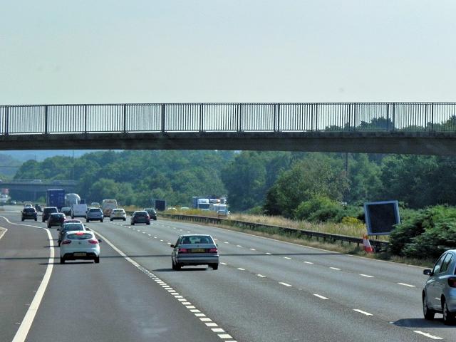 Footbridge over the M3 at Bagshot Heath
