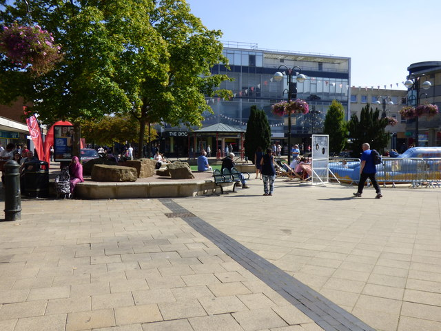Crawley:  Queens Square