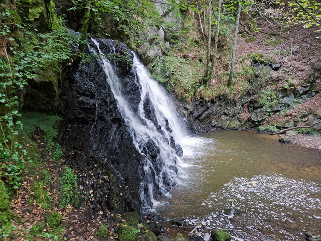 Middle waterfall in Fairy Glen