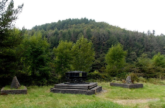 Mining memorial north of Lluest