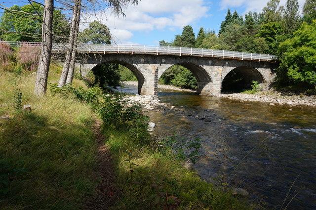 Bridge of Tilt