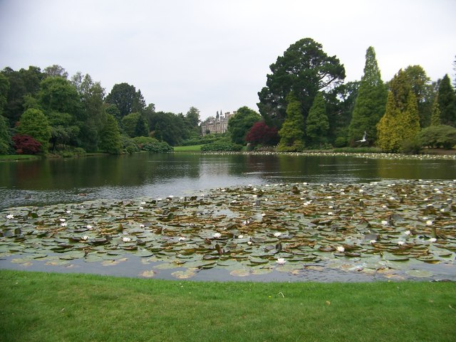 Lake and house, Sheffield Park