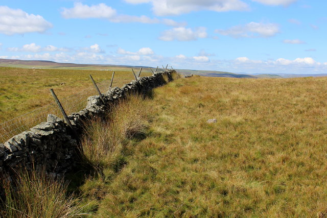 Dry Stone Wall at the base of Harland Hill