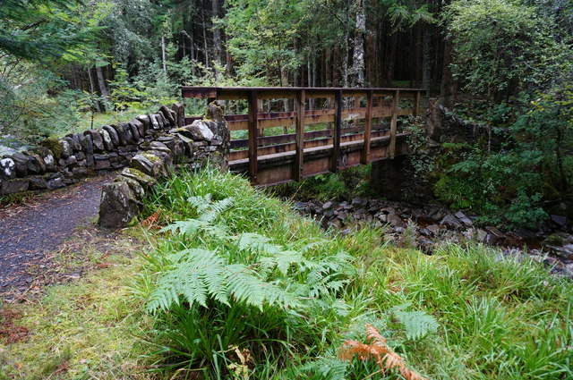 Footbridge over the Allt na Bogair