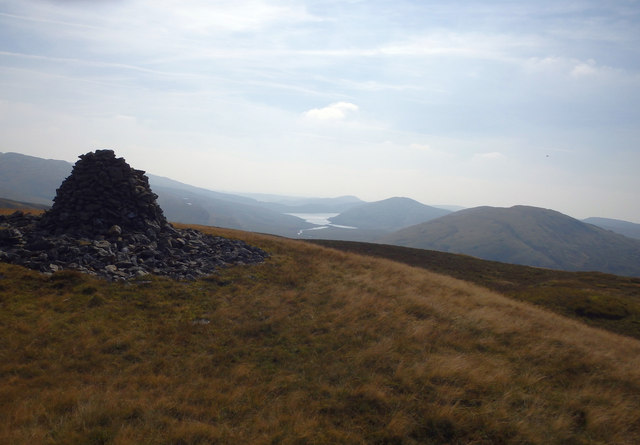On Carn Gwilym