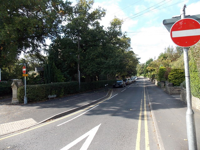 One-way system along Chapel Lane, Wilmslow