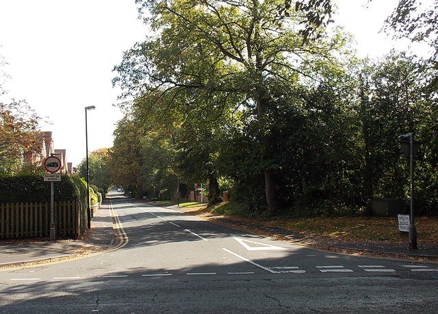 Holly Road North, Wilmslow