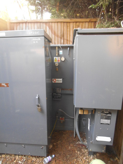 Power transformer by Cranbourne Gardens