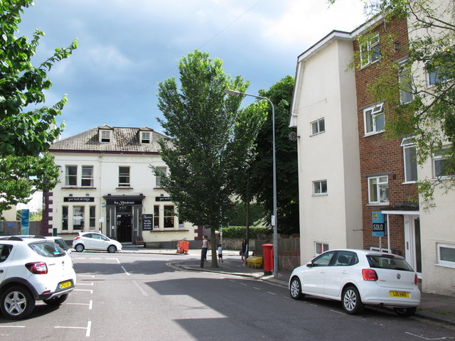 Shaftesbury Place, BN1 (2)