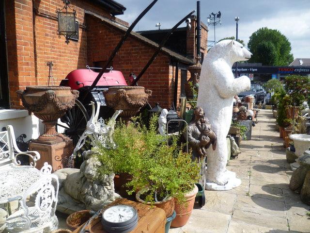 Polar bear at Ashford Antiques Centre