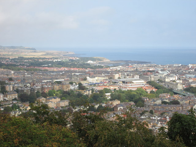 Looking  north  over  Scarborough  from  Oliver's  Mount
