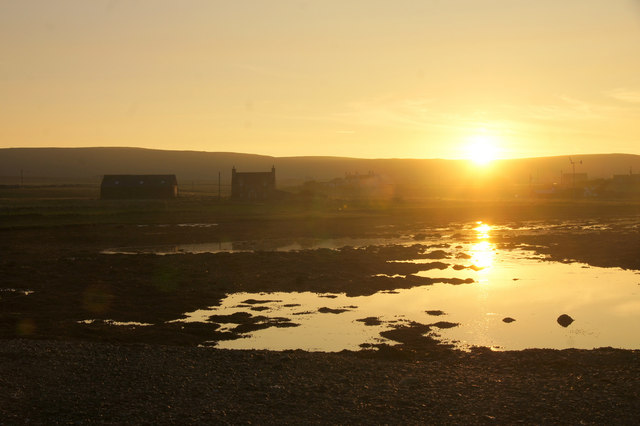 Sunset over the Houb, Baltasound
