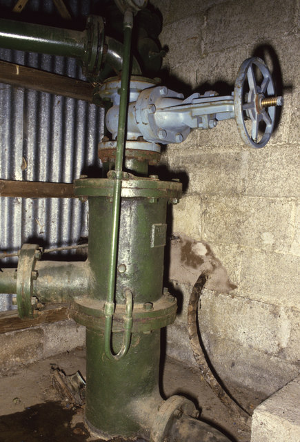 Former Staveley Woodturning Co Ltd - ejector condenser