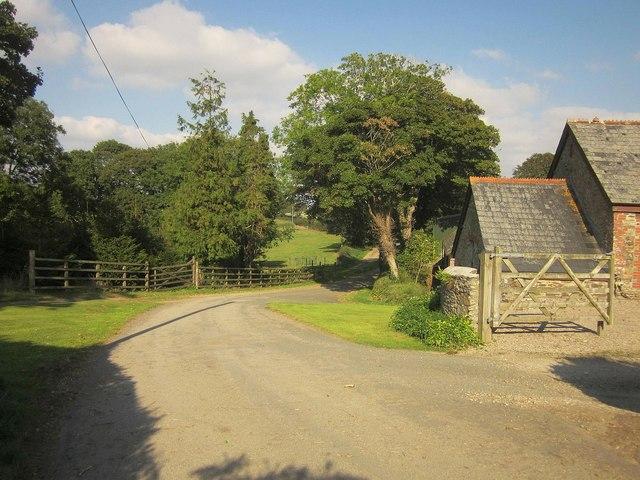 Bucklawren Road