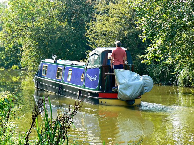 Narrowboat 'Costafortune', Kennet and Avon Canal, Wootton Rivers, Wiltshire
