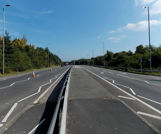 A34 east of Whitehall Bridge Roundabout, Wilmslow