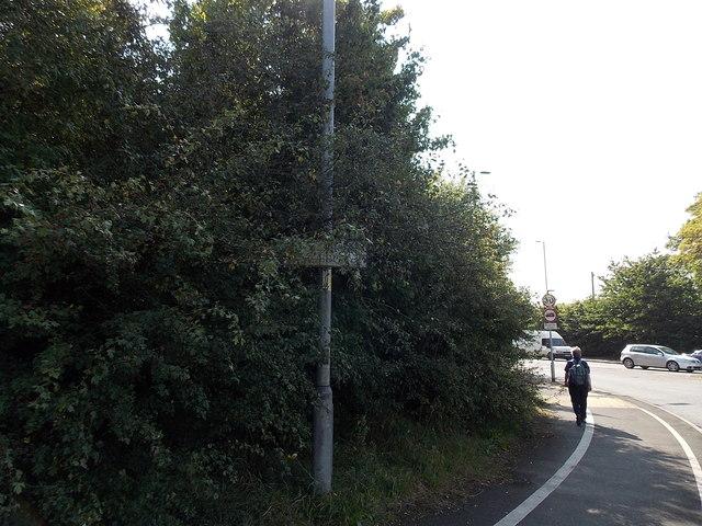 Obscured boundary sign, Alderley Edge