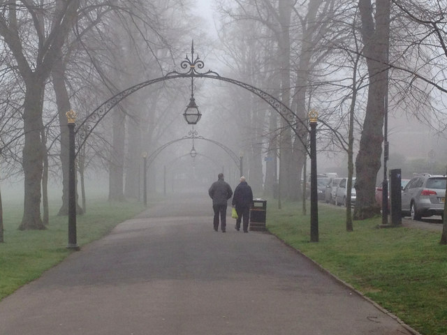 Foggy Leamington: Linden Avenue and Dormer Place