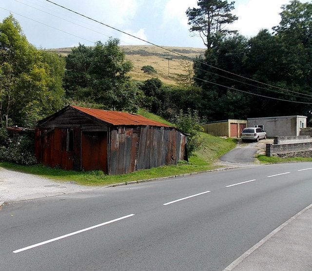 Rusty roadside building in Tylagwyn