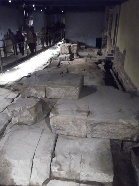 Stones, Roman Baths, Bath