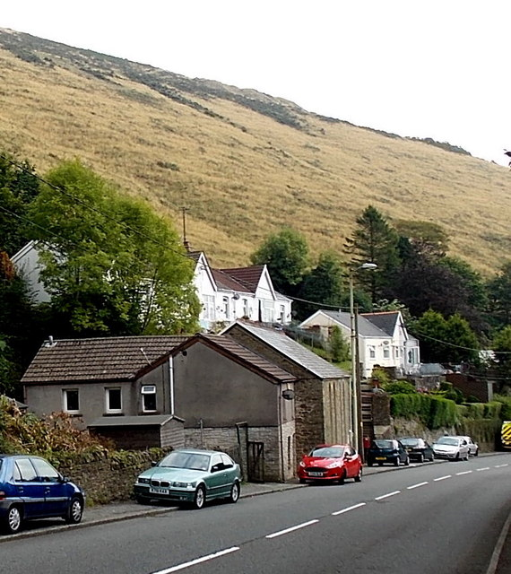 Houses and a hillside above Tylagwyn