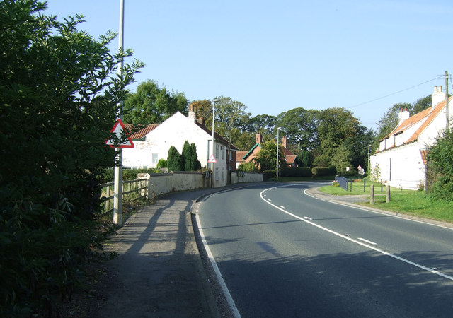 Bend in Main Street (A614)