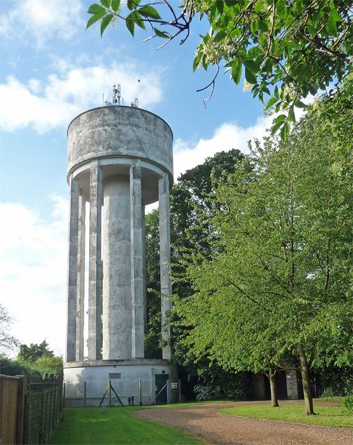 Water tower, Roade
