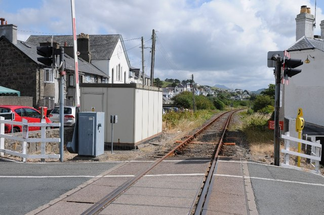 The railway entering Criccieth