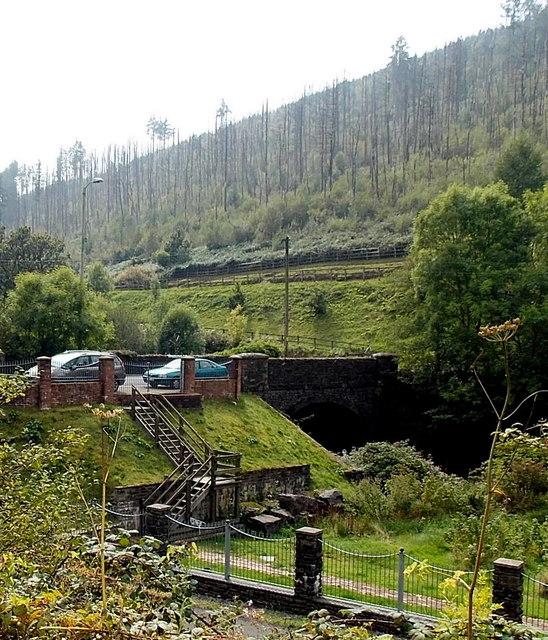 West Rhondda Road river bridge, Tylagwyn