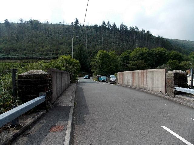 West Rhondda Road crosses two bridges, Tylagwyn
