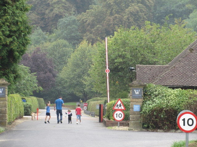 Entrance to Woldingham School