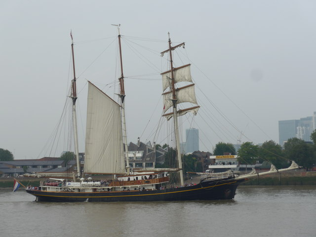 The Thames on Tall Ships Saturday (D)