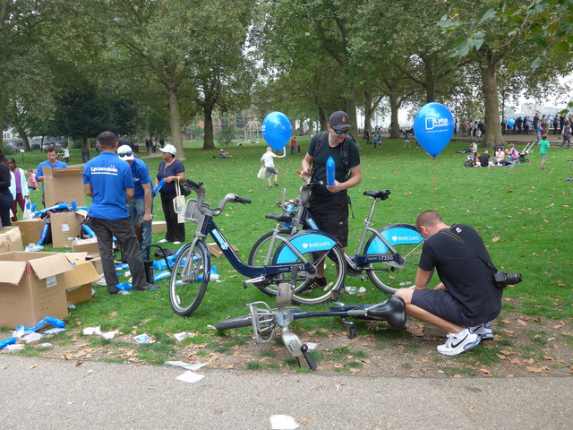 Freebies being given away in Island Gardens