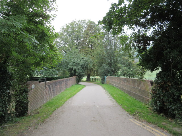 Road bridge over railway near Church Road Farm