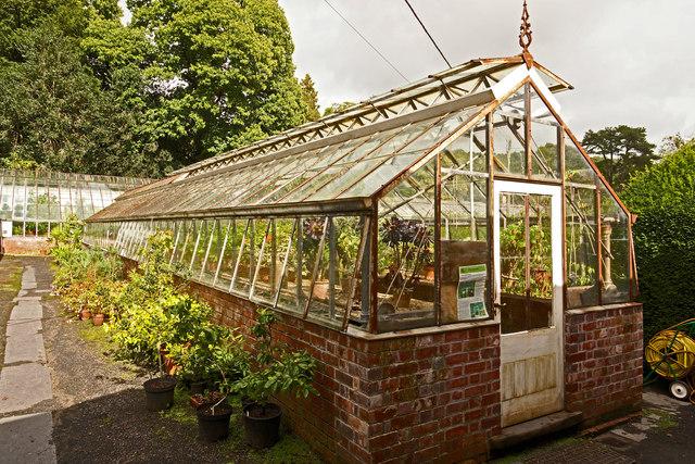 Estate greenhouse