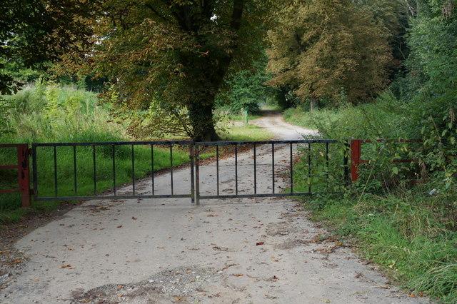 Private farm track  off the A18