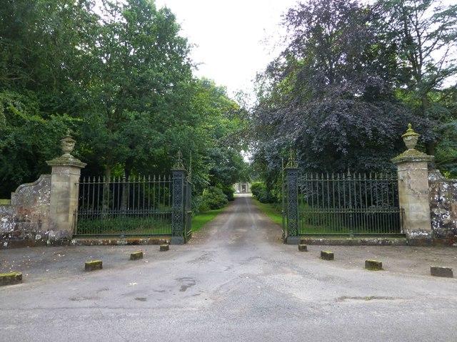Gateway to Hesleyside