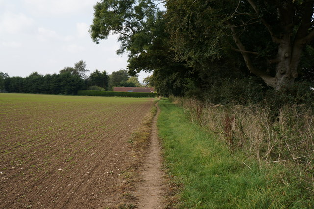 Path leading to East Ravendale