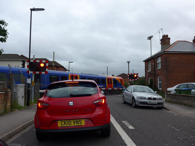 Level crossing in Priory Road