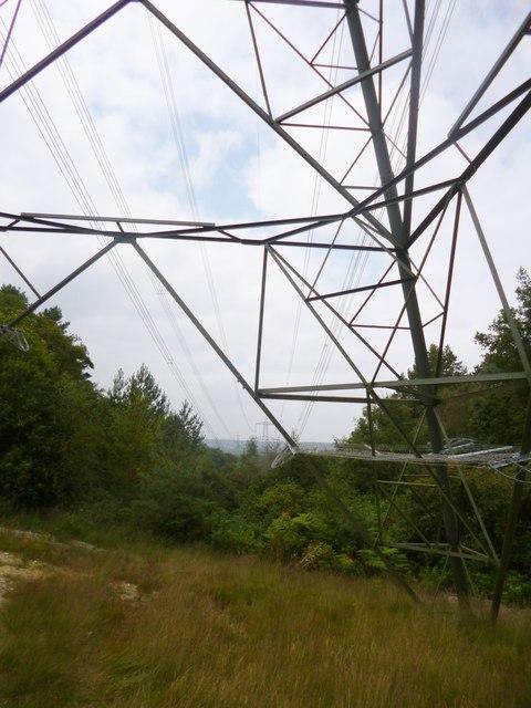 Hale, power lines