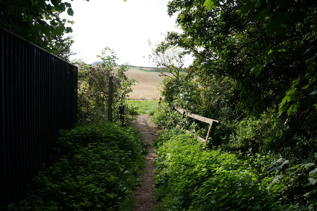 Bridleway off The Avenue, East Ravendale