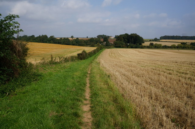 Bridleway to The Avenue, East Ravendale